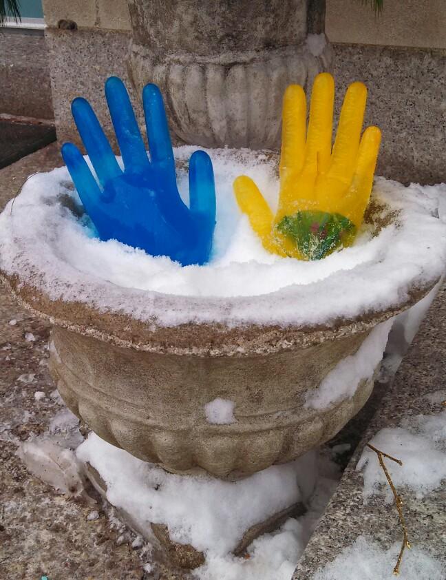 Ice gloves blue