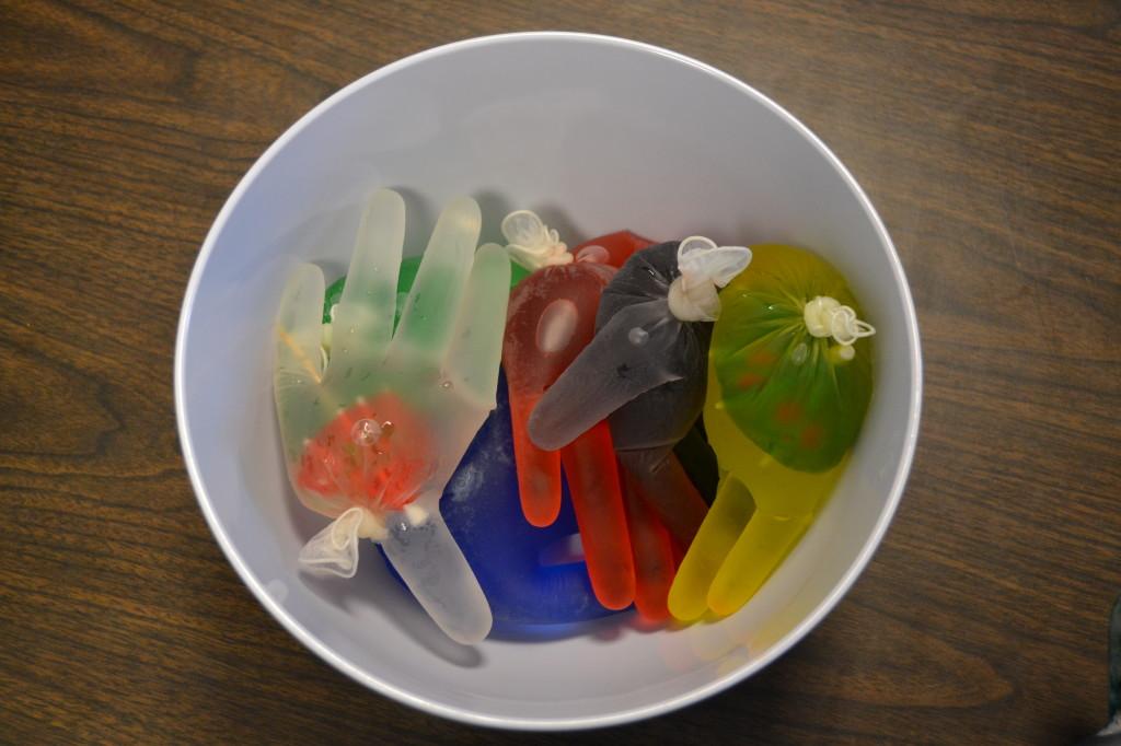 Ice gloves bowl